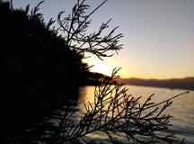 Por do sol impressionante em croatia Imagens de Stock