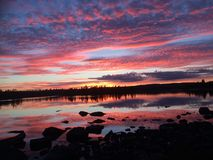 Por do sol impressionante em Noruega foto de stock royalty free