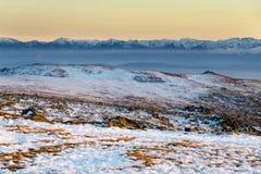 Por do sol invernal na montanha de Vitosha, Bulgária Foto de Stock Royalty Free