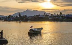Por do sol, Kuching Malásia fotografia de stock