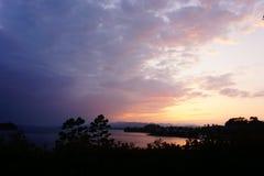 Por do sol do lago Yangcheng imagem de stock royalty free