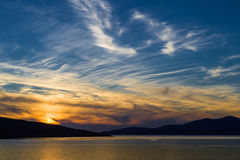 Por do sol lindo na praia Imagens de Stock Royalty Free