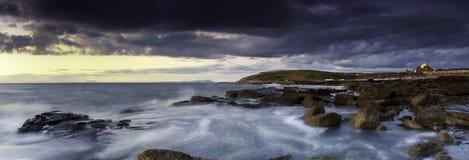 Por do sol litoral Fotografia de Stock Royalty Free