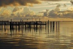 Por do sol macio sobre o rio da paz Imagem de Stock