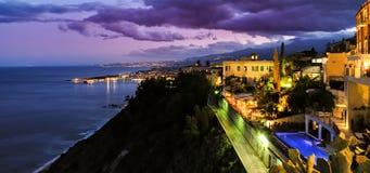 Por do sol mediterrâneo nebuloso de Taormina Imagem de Stock Royalty Free