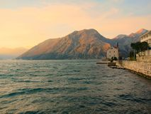 Por do sol na baía Fotos de Stock Royalty Free