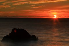 Por do sol na baía do kealakekua imagens de stock royalty free