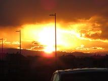 Por do sol na cidade Fotos de Stock