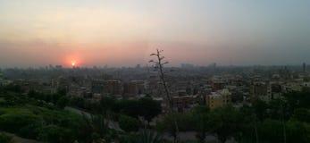 Por do sol na cidade velha do Cairo imagens de stock royalty free