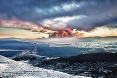 Por do sol na cimeira de Mauna Kea fotografia de stock
