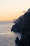 Por do sol na costa de Amalfi imagem de stock