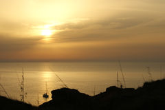 Por do sol na costa de Menorca foto de stock royalty free