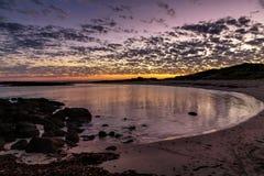 Por do sol na fada portuária, grande estrada do oceano, Victoria, Austrália imagens de stock