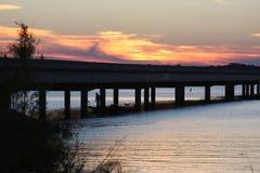 Por do sol na forquilha do lago em Texas do leste Imagem de Stock Royalty Free