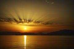 Por do sol na ilha dos Milos Fotos de Stock Royalty Free