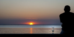 Por do sol na lagoa Fotos de Stock Royalty Free