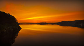 Por do sol na meia-noite Imagem de Stock
