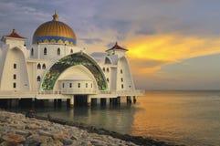 Por do sol na mesquita foto de stock