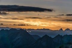 Por do sol na montanha de Aravis Fotografia de Stock Royalty Free