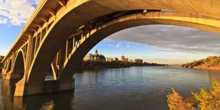 Por do sol na ponte Imagem de Stock