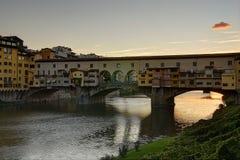 Por do sol na ponte velha Foto de Stock