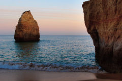 Por do sol na praia Fotografia de Stock
