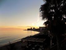 Por do sol na praia da Bil-Bil-Benalmadena-Malaga-Andaluzia Imagem de Stock
