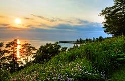 Por do sol na praia de Bayfield Imagem de Stock Royalty Free