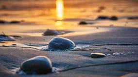 Por do sol na praia de Califórnia fotos de stock
