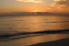 Por do sol na praia de Florida fotos de stock royalty free