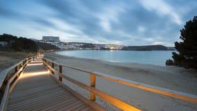 Por do sol na praia de Minorca no inverno imagens de stock