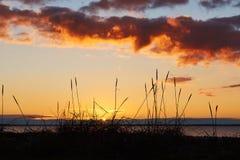 Por do sol na praia de Vadum em Salling, Dinamarca - série Fotografia de Stock