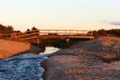 Por do sol na praia de Vadum em Salling, Dinamarca - série Fotos de Stock Royalty Free