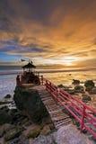 Por do sol na praia de Watulawang, Yogyakarta, Indonésia Fotografia de Stock Royalty Free
