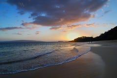 Por do sol na praia grande Foto de Stock