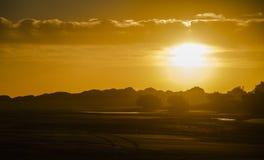 Por do sol na praia para o sul em Atlântico Imagem de Stock Royalty Free