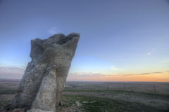 Por do sol na rocha de Teter, Flint Hills, Kansas Imagem de Stock
