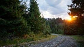 Por do sol nas montanhas Foto de Stock