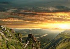 Por do sol nas montanhas de Altai Fotos de Stock Royalty Free
