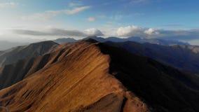 Por do sol nas montanhas Ridge do outono e no desfiladeiro da natureza de Geórgia filme