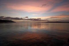 Por do sol natural bonito da ilha de Kri no ampat de Raja imagem de stock royalty free