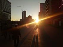 Por do sol no Arbat & no x28; Moscow& x29; imagem de stock