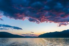 Por do sol no céu de Montenegro Fotografia de Stock