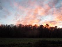 Por do sol no campo Foto de Stock Royalty Free