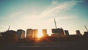 Por do sol no distrito urbano de Barcelona Fotos de Stock Royalty Free