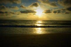 Por do sol no golfo de México fotografia de stock