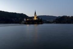 Por do sol no lago Bled Fotos de Stock Royalty Free