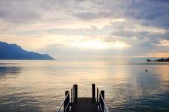 Por do sol no lago Genebra Fotografia de Stock Royalty Free