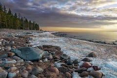 Por do sol no Lago Ladoga Imagens de Stock Royalty Free