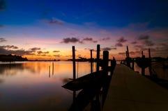 Por do sol no lago Songkhla, Tailândia Imagem de Stock Royalty Free